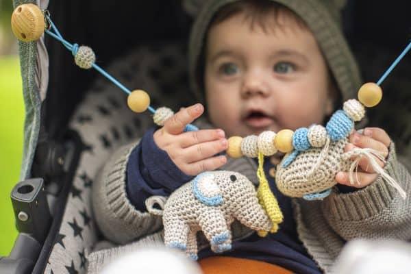 SindiBaba® Babyspielzeug | Süße Stoff-& Häkeltiere mit Persönlichkeit