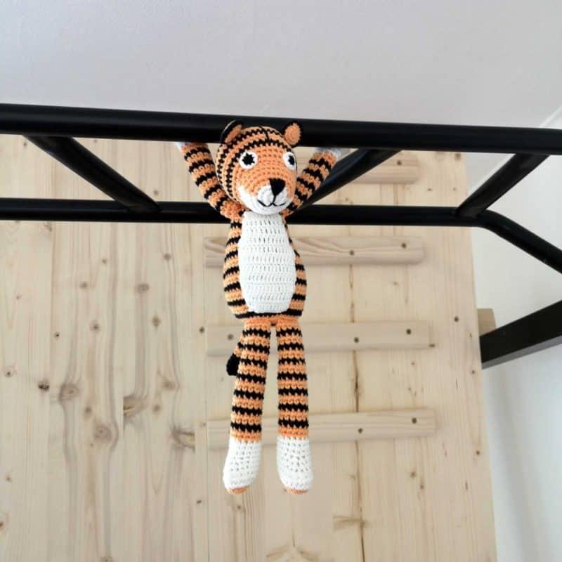 Tiger TONI am Fitness-Turm